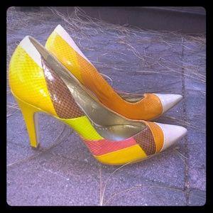BCBG Colorblock Heels sz 8
